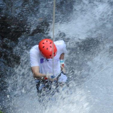 https://jacocanyoning.com/wp-content/uploads/2015/08/Jaco-canyoning-adventure-4-377x377-1-377x377.jpg